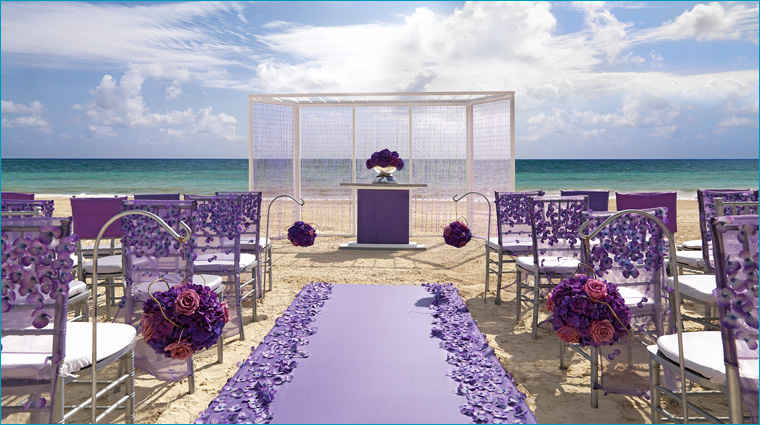 free destination wedding with exquisite vacations