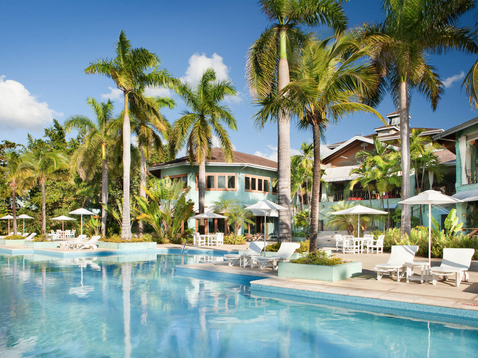 Classic Resorts   Couples Negril