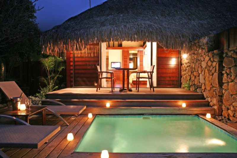 manava-beach-resort-moorea-premium-gdn-pool-bgls-9